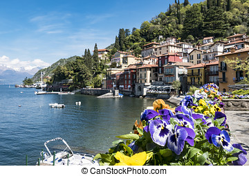 Varenna ( Lake Como ) - Flowered balcony in Varenna
