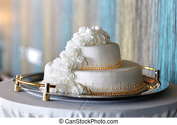 Big white wedding cake