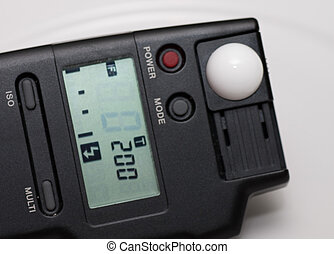 Light Meter at 200th - Digital light meter set for a sync...