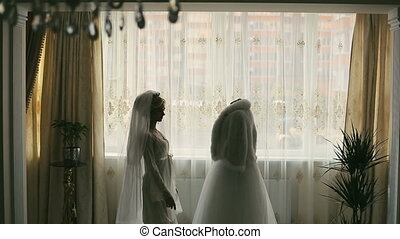 Bride and white dress - Brides morning with white dress