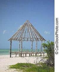 hut palapa construction wood structure Holbox - hut palapa...