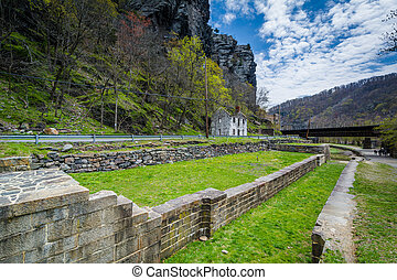 Ruins of the Chesapeake and Ohio Canal in Harpers Ferry,...