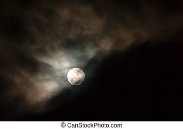 Sky With Moon And Clouds - Majestic Night Sky With Moon And...