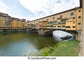 Florence, the old bridge with boats