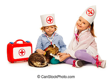 Children dressed at whites bandage paw to a cat - 5 years...