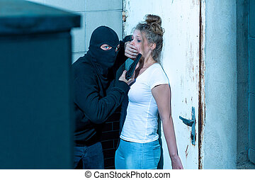 Dangerous kidnapper and victim - Dangerous kidnapper and his...