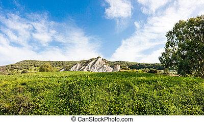Komolithi geological phenomenon