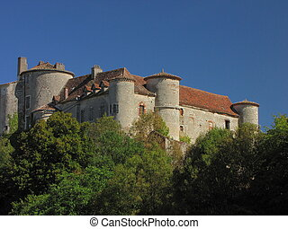 Arcambal, Castle, village,