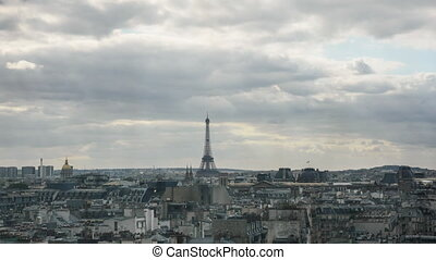 Timelapse of clouds gathering over the Paris - Timelapse...
