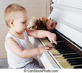 bebé,  piano, juego
