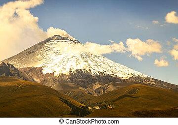 Cotopaxi Volcano Violent Explosion - Cotopaxi Volcano...