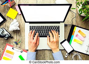 mains, de, a, homme, utilisation, ordinateur portable,...