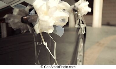 Decorate on a wedding car