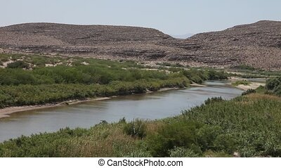 Rio Grande River - This is a video of the Rio Grande River...