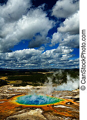 Grand Prismatice Pool Steam Yellowstone Tour Sight