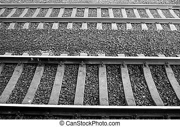Rails - Rain rails with gravel Black and white
