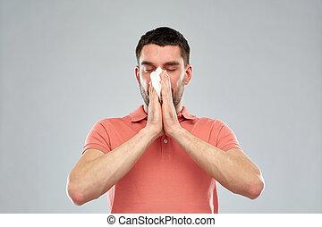 doente, homem, com, papel, guardanapo, soprando, nariz,