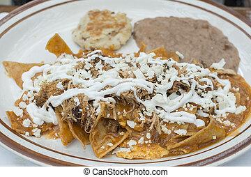 plato,  chilaquiles, desayuno, mexicano