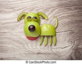 perro, hecho, de, manzana, kiwi, y, uva, en, madera, Plano...