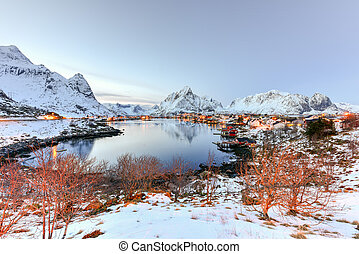 Reine, Lofoten Islands, Norway - Winter in Reine, Lofoten...