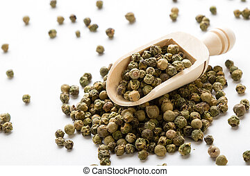 greeen peppercorn seeds - green color peppercorn seeds on...