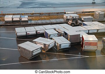 Air Cargo Containers - Air cargo unit load devices
