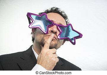homem negócios, com, ÓCULOS, estrelas, loucos,...