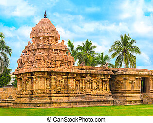 Hindu Temple dedicated to Shiva, ancient Gangaikonda...