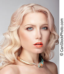 Blonde with big blue eyes - Portrait of the blonde with blue...