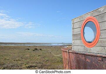 Houseboat overlooking estuary - Houseboat overlooking...