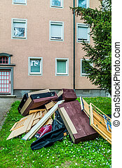 bulky waste is after termination of the lease on the road -...