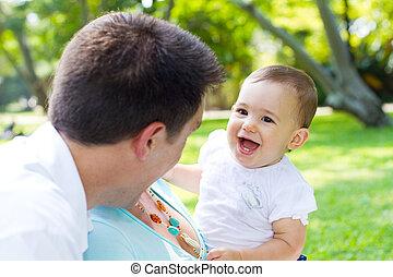 feliz, padre, bebé, niña