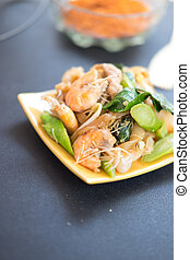 "decadent thai chicken stir fry  Thai call ""Pat see ew"""