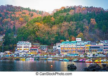 resorts are surrounded lake kawaguchi - resorts are...
