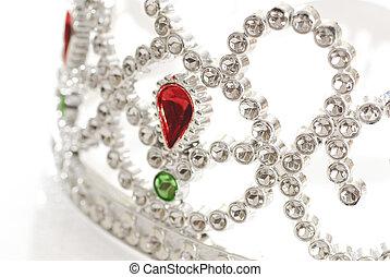 tiara details