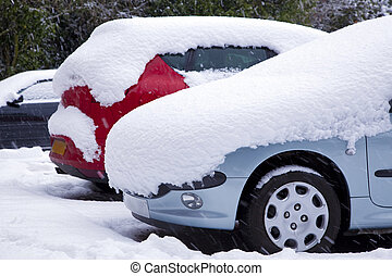 Cars covered in snow - Parked cars covered in fresh snow
