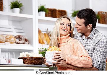 The couple has fun
