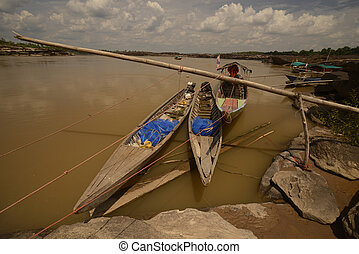 ASIA THAILAND ISAN AMNAT CHAROEN - the Mekong River in the...