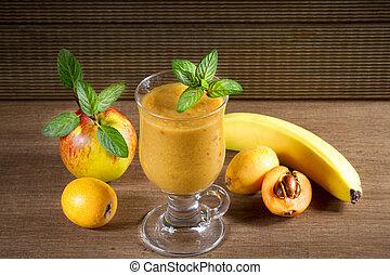 善于討好女子的男子, 枇杷, 香蕉, 飲食, 蘋果