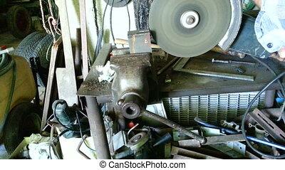 Metal Grinder - Circular Metal Cutter Slicing Machine
