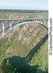 Bloukrans Bridge base jumper - Unidentified base jumper...