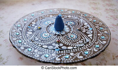 point-to-point painting - Incense holder Point to point...