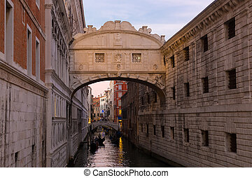 Bridge of Sighs, Venice, Italy - Gondolas passing under...