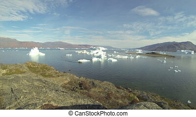 Nature and landscapes of Greenland Travel on the scientific...