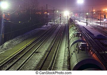cima, vista, de, carga, tren, con, tanques, en,...