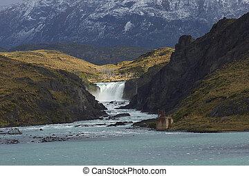 Salto Grande in Torres del Paine - Waterfall Salto Grande...