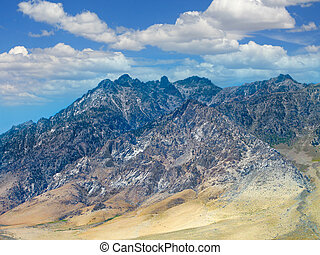 Sierra Mountains - Californian Sierra Nevada Mountains...