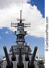 Guns of the Battleship USS Missouri - View from the foreward...