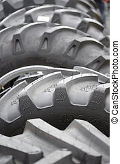 big tyres for hugh machines - big tyres for large machines...