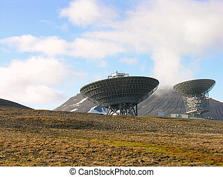 Parabolic Antenna in Svalbard - How can they comunicate to...